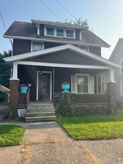 2910 Rosewood Pl NW, Canton, OH 44708