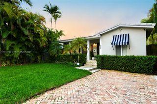 2480 SW 23rd St, Miami, FL 33145