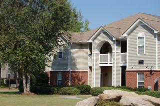 249 Meadows Dr, Loganville, GA 30052
