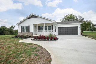 150 Avery Cir, Lenoir City, TN 37772
