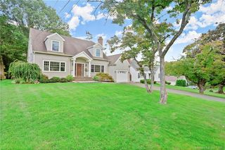 120 Plymouth Ave, Trumbull, CT 06611