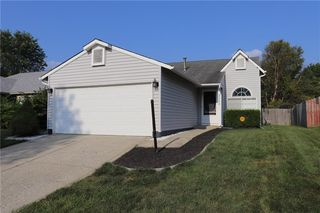 3563 Bearwood Dr, Indianapolis, IN 46235