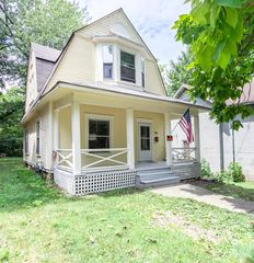 303 S Lowry Ave, Springfield, OH 45506