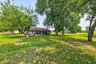 135 Lakeview Dr, Runaway Bay, TX 76426