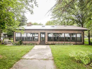 1904 Cottage Rd, Little Suamico, WI 54141