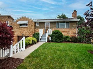 5031 Ardelle Dr, Pittsburgh, PA 15236