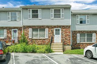 6 Estate Dr, Middletown, NY 10940