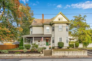 228 Wentworth Ave, Lowell, MA 01852