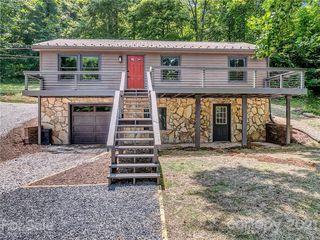 421 Hattie Williams Rd, Spruce Pine, NC 28777