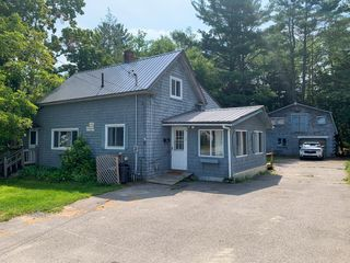 4 Harding St, Old Town, ME 04468