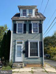 165 N 15th St, Harrisburg, PA 17103