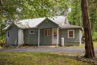 272 Route 32 N, New Paltz, NY 12561