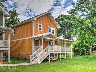 10 Cottage Cove Ln, Asheville, NC 28803