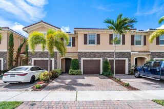 5098 Ashley River Rd, West Palm Beach, FL 33417