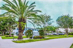 2210 NE 67th St #1222, Fort Lauderdale, FL 33308
