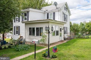 520 Lincoln Ave, Pottstown, PA 19464