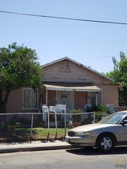 348 N A St, Arvin, CA 93203