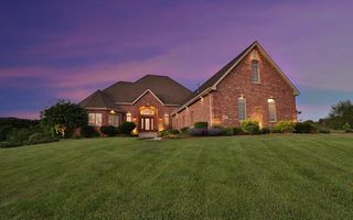 289 White Tail Ct, Hobart, IN 46342