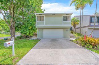 21801 SW 98th Pl, Miami, FL 33190