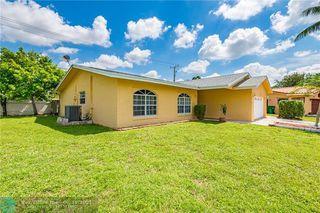 5508 White Oak Cir, Tamarac, FL 33319