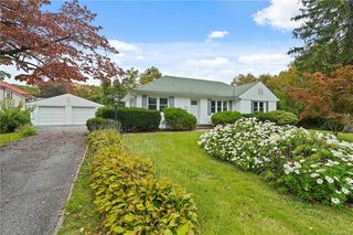 7 Alpine Rd, Yonkers, NY 10710