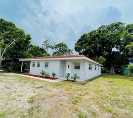2419 Clearlake Rd, Cocoa, FL 32922