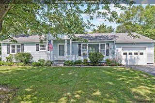 27 Merritt Rd, South Glens Falls, NY 12803