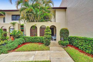 8427 Cypress Ln #10D, Boca Raton, FL 33433