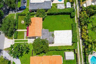 750 Wren Ave, Miami, FL 33166