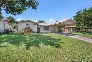 1734 Farwell Dr, San Antonio, TX 78213