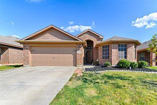 1124 Wellesbourne Ln, Fort Worth, TX 76134