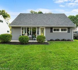 244 N Beverly Ave, Youngstown, OH 44515