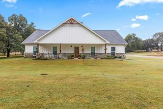 1041 County Road 1111, Decatur, TX 76234