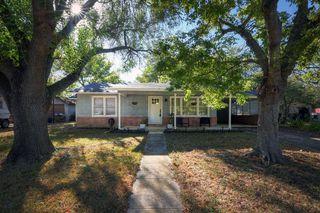 618 S Oak Ave, Luling, TX 78648