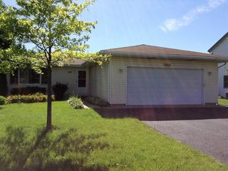742 Sojourn Rd, New Lenox, IL 60451
