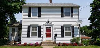 1128 W High St, Davenport, IA 52804