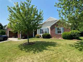 2010 Treving Dr, Cicero, IN 46034