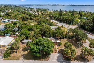 2487 NE Sharp St S, Jensen Beach, FL 34957