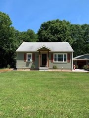 312 Bredinsburg Rd, Seneca, PA 16346