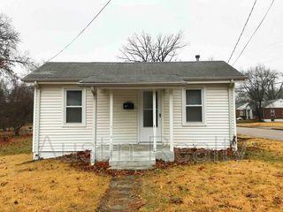 1551 N Hanley Rd, Saint Louis, MO 63130
