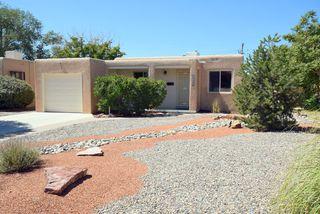 729 Valencia Dr SE, Albuquerque, NM 87108
