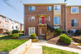 4630 Conwell Dr #195, Annandale, VA 22003