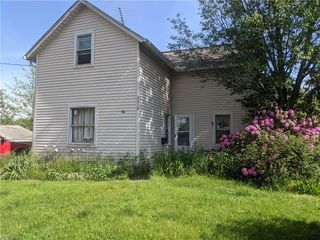 3315 13th St NW, Canton, OH 44708