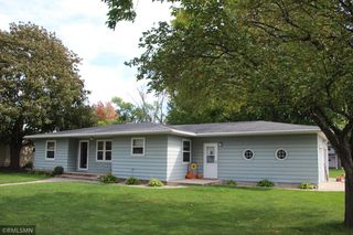 551 2nd St E, Hector, MN 55342