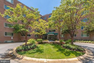 5100 Dorset Ave #303, Chevy Chase, MD 20815