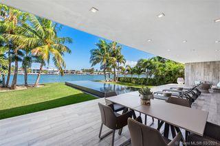 305 N Shore Dr, Miami Beach, FL 33141