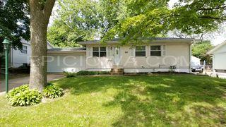 5120 Harbet Ave NW, Cedar Rapids, IA 52405