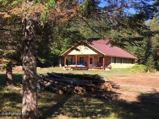 346 Old Range Rd, Clark Fork, ID 83811