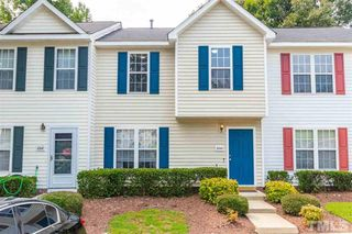 2243 Violet Bluff Ct, Raleigh, NC 27610