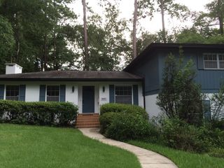 2851 NW 4th Ln, Gainesville, FL 32607